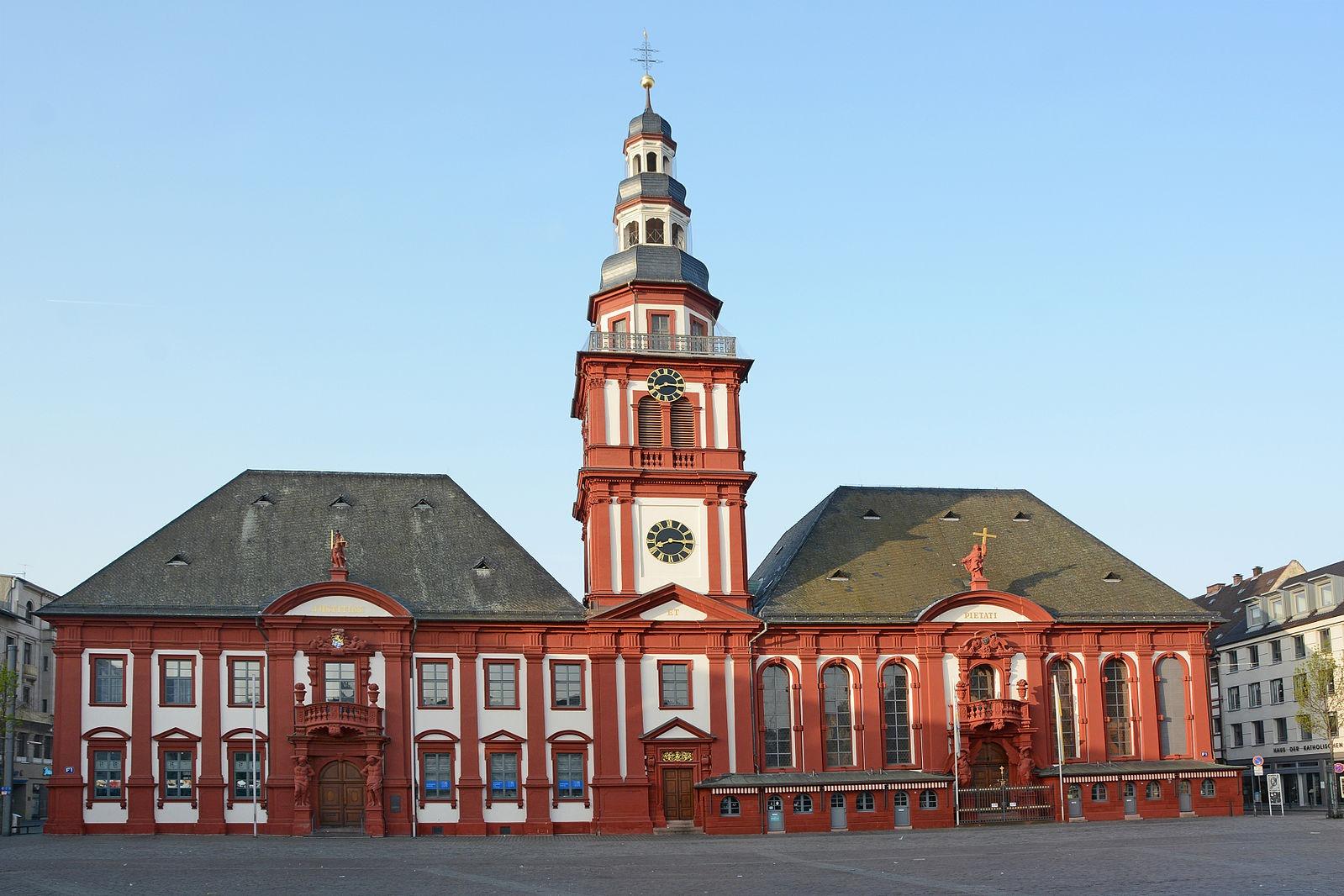 Altes Rathaus St Sebastian